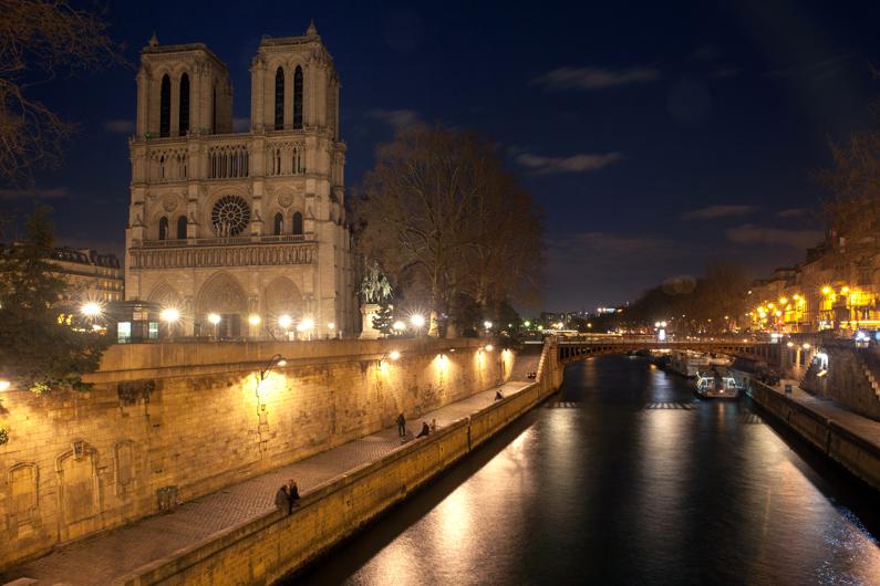 Notre Dame Cathédrale :: Paris, France