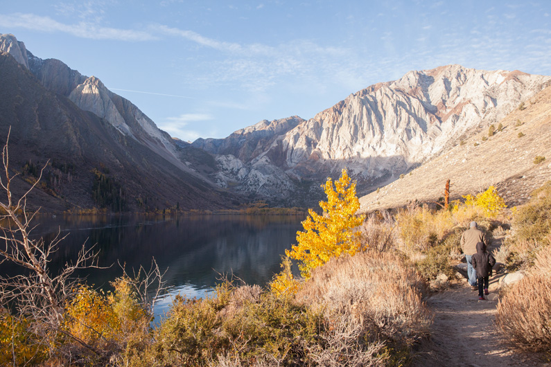Searching For Fall in California :: Mammoth, California